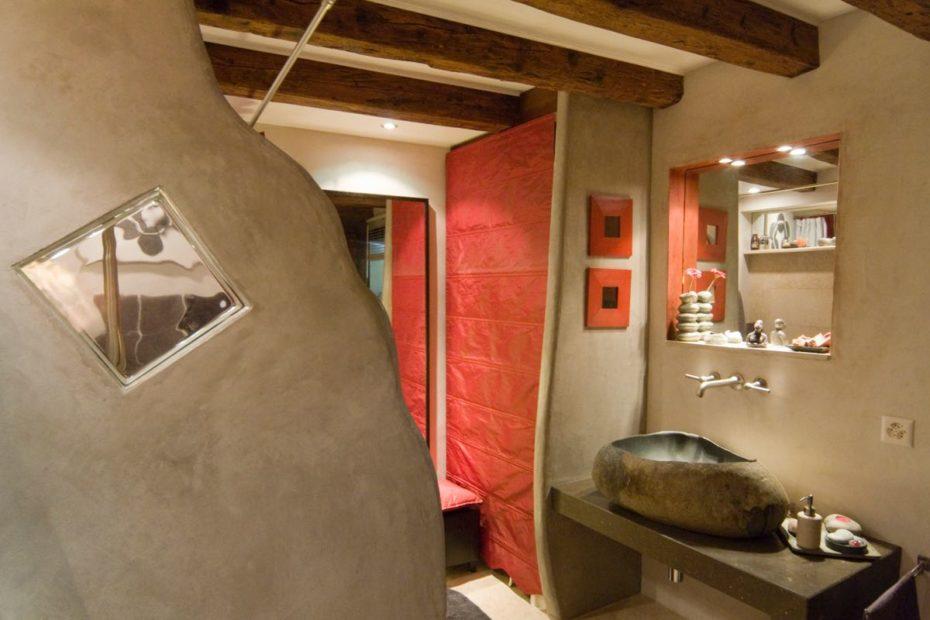 Salle de bains, Gilly