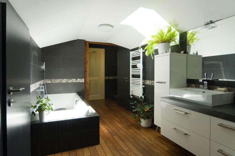 Salle de bain, Gilly